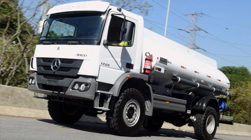 Filipinas-caminhão-Mercedes Benz-estrada-novo