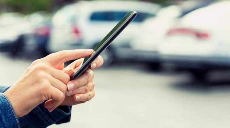 Onipresença digital-compra-celular-pessoa-site