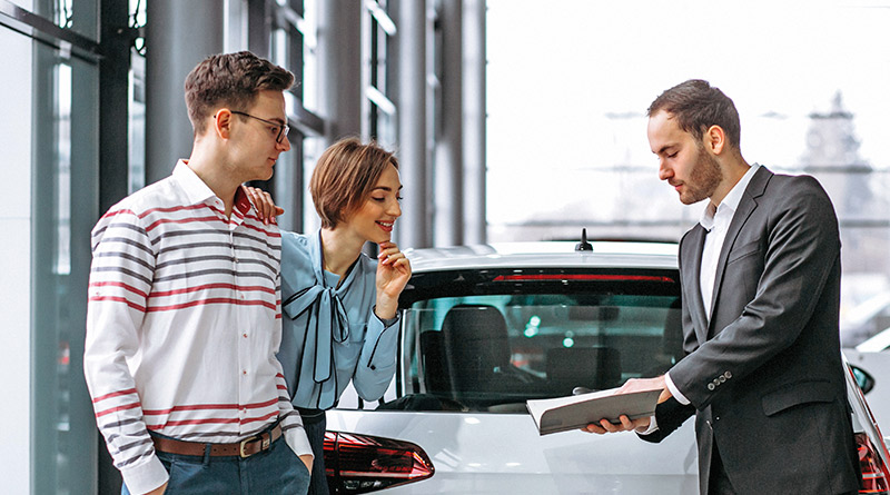 vendas de veículos, aumento da oferta de crédito, queda do juros real